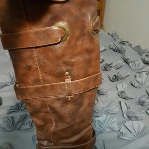 Shoes - Leather like boots